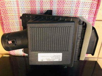 GM Air Cleaner Assembly