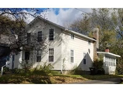 4 Bed 1 Bath Foreclosure Property in Jackson, MI 49203 - 5th St