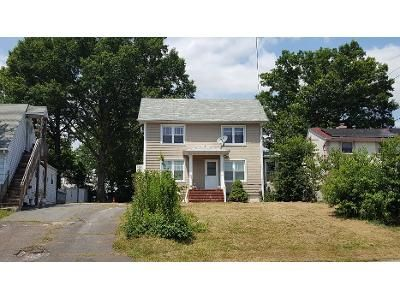 3 Bed 1 Bath Preforeclosure Property in Port Reading, NJ 07064 - Port Reading Ave