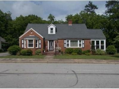 3 Bed 2 Bath Foreclosure Property in Newberry, SC 29108 - Nance St