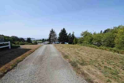 1605 Country Club Rd Gillette, Perfect Location to Build