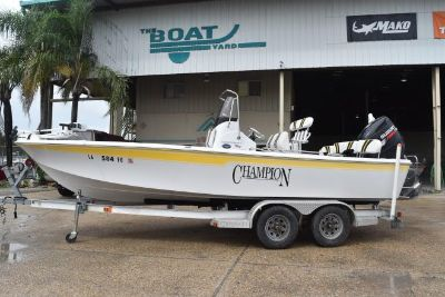2009 Champion Twenty-Two Bay