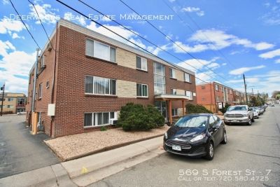 Updated 2 BR Apt - Secure Building Entry, Stainless Steel Appliances, & Pet Friendly