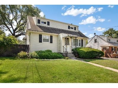 4 Bed 2 Bath Foreclosure Property in Roselle, NJ 07203 - W 5th Ave