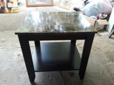 End tables very good condition