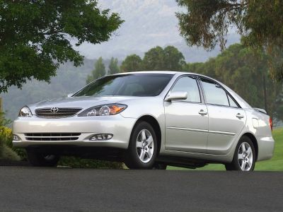 2005 Toyota Camry XLE V6 (Green)