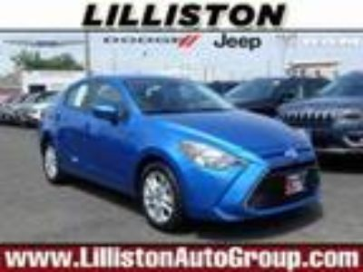 used 2017 Toyota Yaris for sale.