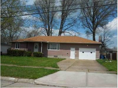 3 Bed 1 Bath Foreclosure Property in Lorain, OH 44053 - W 38th St