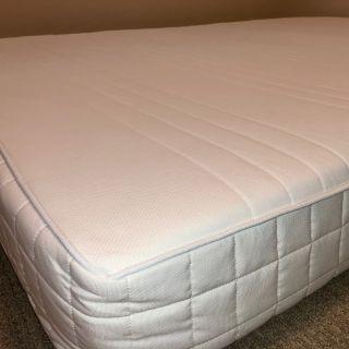 Latex mattress Queen size medium firm white