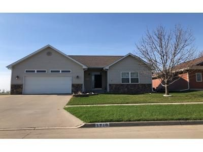 4 Bed 3 Bath Preforeclosure Property in Knoxville, IA 50138 - Mckay Dr