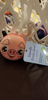 Squishy stress gear with clip- pig