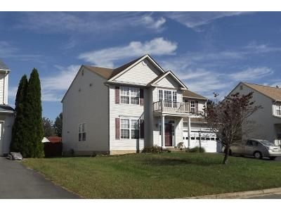4 Bed 3.5 Bath Preforeclosure Property in Woodbridge, VA 22193 - Oscar Ct