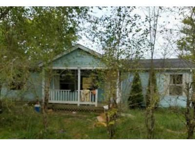 3 Bed 2 Bath Foreclosure Property in Freetown, IN 47235 - No Name St