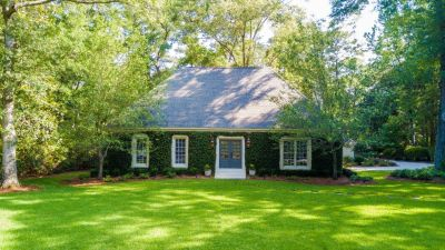 Gorgeous 4 Bedroom Home in Daphne AL