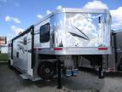 2019 Lakota Trailers Charger 8314 3 horses