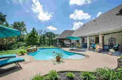 103 Pr 1279 Fairfield Three BR, Stunning custom home on 1.3 acres