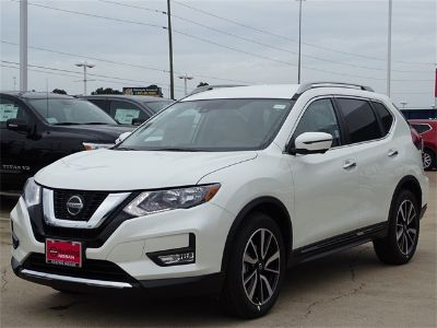 2019 Nissan Rogue S (Pearl White)