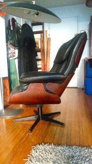 Vintage Molded Walnut&Leather Swivel Lounger+Otto