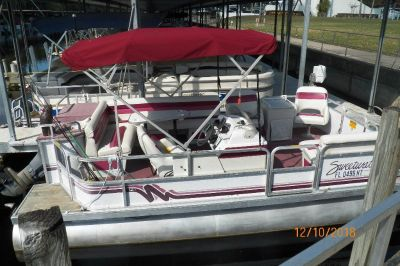 20' SWEETWATER PONTOON BOAT SOLD SOLD SOLD