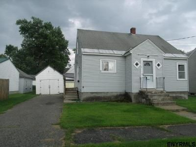 3 Bed 1.5 Bath Foreclosure Property in Gloversville, NY 12078 - S Clark Ave