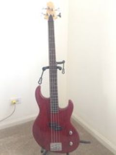 Greg Bennett Bass Guitar