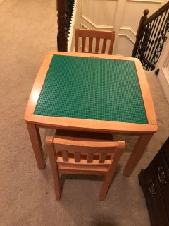 Convertible kids LEGO table