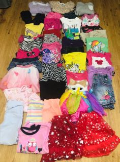 38 piece Girls Size4/5 clothes 19+ outfits all brands