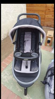 Graco jogger stroller and infant car seat