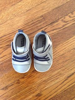 Stride rite infant high tops 6-12 months