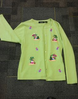 Like new xlg button down Christmas sweater