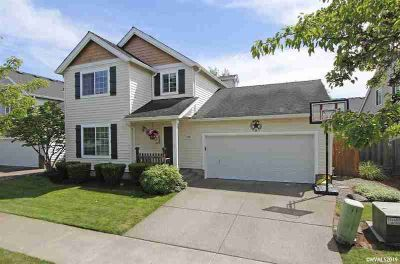 1282 SE Seaport Cl Corvallis Three BR, Beautifully maintained