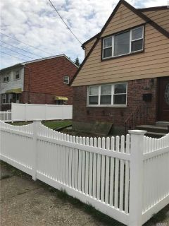 ID# 1319554 Freshly Painted 3 Bedroom Apartment For Rent