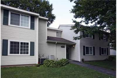 Bright Baldwinsville, 2 bedroom, 1.50 bath for rent