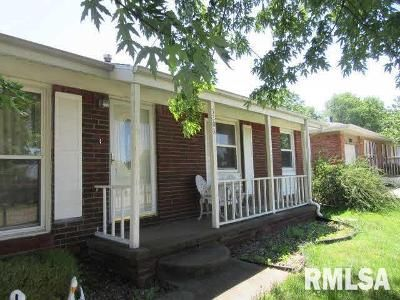 3 Bed 2 Bath Foreclosure Property in Clinton, IA 52732 - 13th Ave N