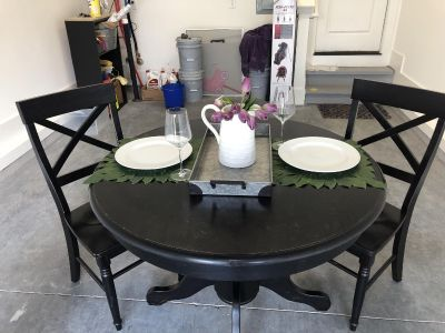 Black Table and 2 Chairs! Solid wood!!