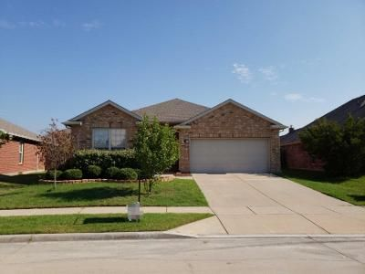 3 Bed 2 Bath Preforeclosure Property in Little Elm, TX 75068 - Red Dr