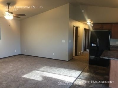 3 Bed/2 Bath Luxury Apartment in Hartford, SD!!