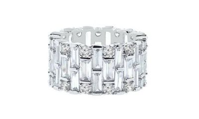 ***REDUCED***BRAND NEW***EXQUISITE 18K White Gold Plated Eternity Ring with Swarovski Elements***