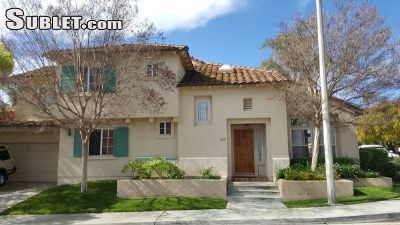 $1050 1 single-family home in Santa Paula