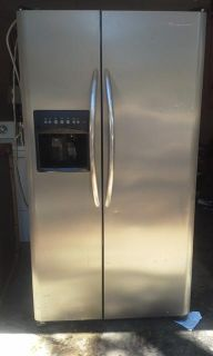 $300, fridigare stainless steel refrigerator