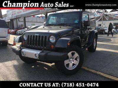 2010 Jeep Wrangler Sahara (Dark Charcoal Pearl)