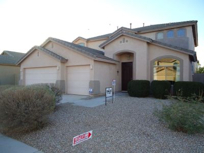 Maricopa Home: 4 bedrooms/3full baths, 3182 Sq ft, extended 3 car garage