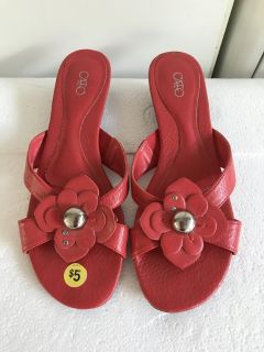 Red Cato Sandals Sz 7