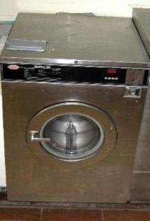 Unimac UniMat Uni-Mac 50 lb washer/ extractor used