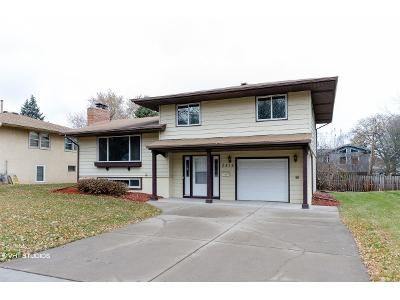 3 Bed 1.5 Bath Foreclosure Property in Minneapolis, MN 55426 - Quebec Ave S
