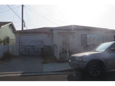 3 Bed 3 Bath Preforeclosure Property in Maywood, CA 90270 - Loma Vista Ave