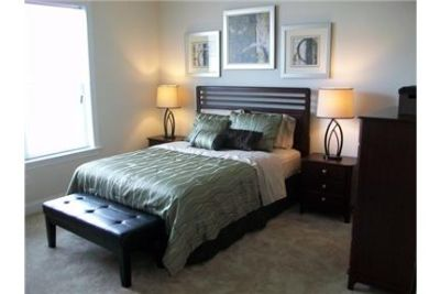 2 bedrooms Apartment - Experience the serene setting of the Overlook.