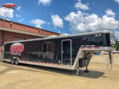 1999 Featherlite Enclosed 44Ft Gooseneck Toy Hauler Onan Gen