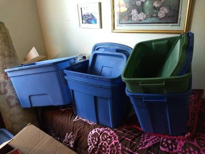 3 REGULAR AND 1 LARGE STORAGE CONTAINERS