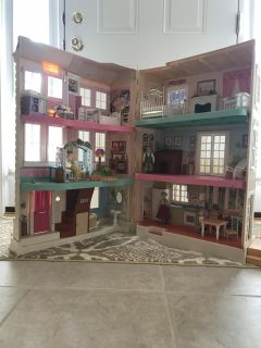 Huge Fisher Price Doll House